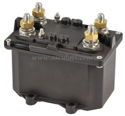 Staccabatteria automatico bipolare (teleruttore generale di corrente con alimentazione separata della bobina)
